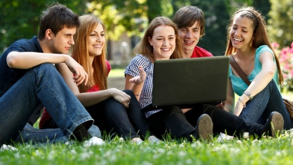 Best Laptops for College Students to buy in 2014